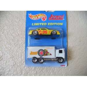 Hot Wheels Hiway Hauler +Buick Stocker 1996 White W/jewel Tampos