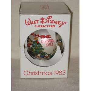 1983    Sneak Preview  Walt Disney Characters Christmas