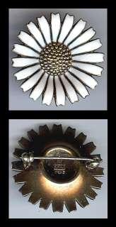 MICHELSEN DENMARK VINTAGE STERLING SILVER ENAMEL DAISY FLOWER PIN