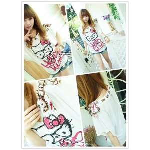 Super Cute Hello Kitty Shirt *One Size*