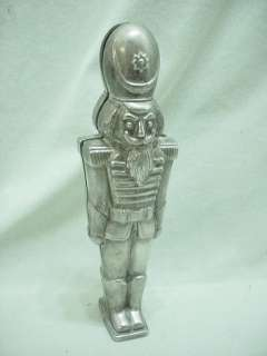 PLEASE SCROLL DOWN TO VIEW MULTIPLE PHOTOS. CUTE SILVER TONE METAL