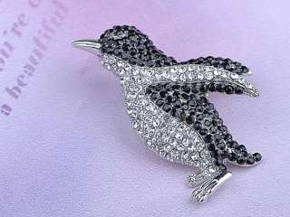 Black Crystal Rhinestone Silver Tone Penguin Bird Pin Brooch