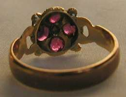 antique GEORGIAN ruby & emerald flower 10k yellow gold CLUSTER RING
