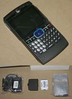 MOTOROLA MOTO Q MOBILE PHONE W POWER ADAPTER & BATTERY
