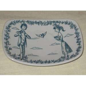 Denmark Peynet Man & Woman Love Scene 5x4 Inch Dish Kitchen & Dining
