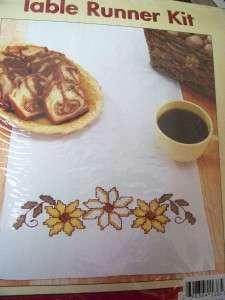 Craftways Daisy Table Runner Kit