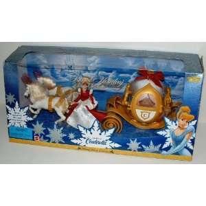 Disney Cinderella Royal Holiday Carriage and Mini doll