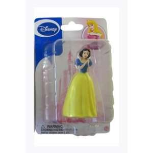 Disney Princess Figure Collection   Snow White Figurine: Toys & Games