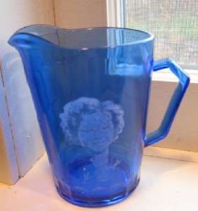 BLUE PITCHER WHITE TRANSFER OF SHIRLEY TEMPLE GREAT CONDITION