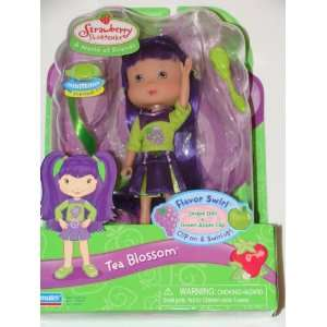 Shortcake Tea Blossom Grape Doll with Green Apple Clip Toys & Games