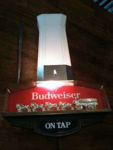 BUDWEISER CLYDESDALES LIGHT CLOCK BEER COLLECTIBLE ANHEUSER BUSCH