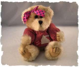 2002 Hersheys Pink Girly Hugs & Kisses Teddy Bear CUTE