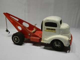 SMITTY TOYS TOW TRUCK WRECKER SMITH MILLER TOYS CALIFORNIA