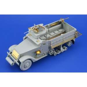 Eduard 1/35 Armor  M3A2 Halftrack for DML: Toys & Games