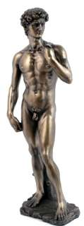 MICHELANGELO KING DAVID STATUE.MASTERPIECE OF RENAISSANCE STANDING