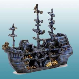 Sunken Pirate Treasure Ship Aquarium Decoration: Fish