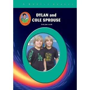 Dylan & Cole Sprouse (Robbie Readers) (Robbie Reader