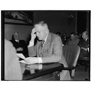 of oil. Washington, D.C., Nov. 10. Secretary of Interior Harold Ickes