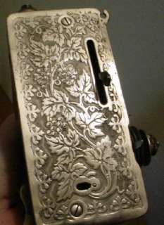 Vintage Singer Sewing Machine Model 128 (Gorgeous La Vincendora Decals