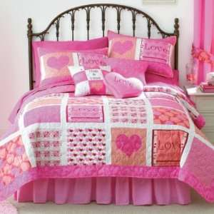 Quilted Love Heart Comforter  Full/Queen Home & Kitchen
